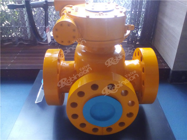 4 Way Plug Valve Flanged